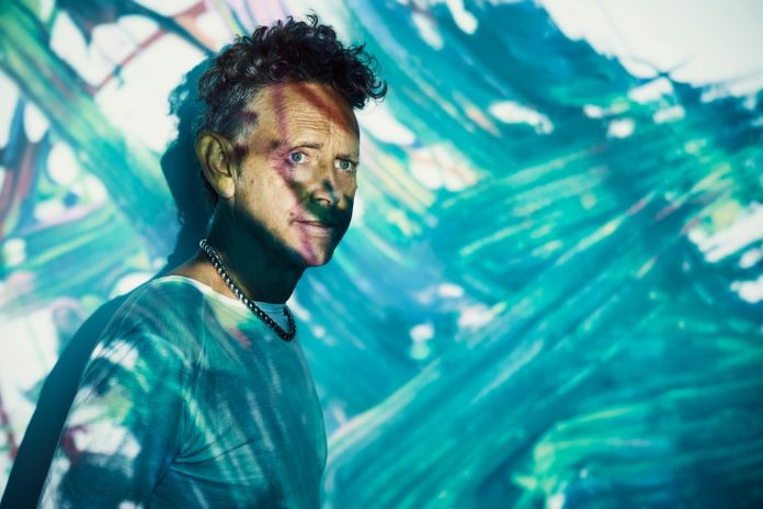 depeche-mode'dan-martin-gore'dan-facebook'ta-online-konser
