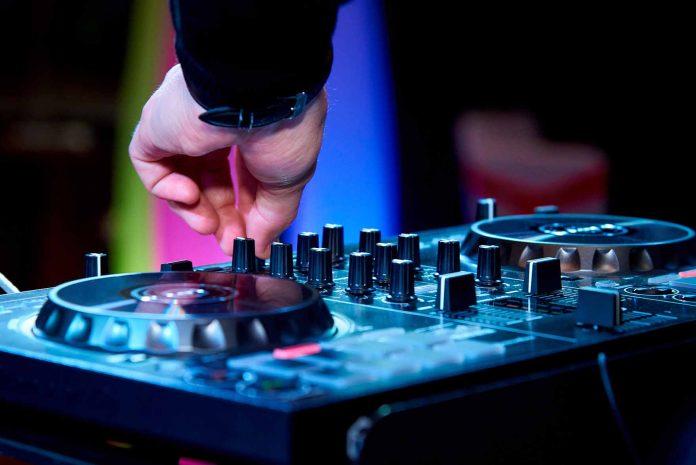 apple-music-dj-mix